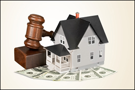 landlord-tenant-dispute-lawyer-sm-dreamstime_s_60013687